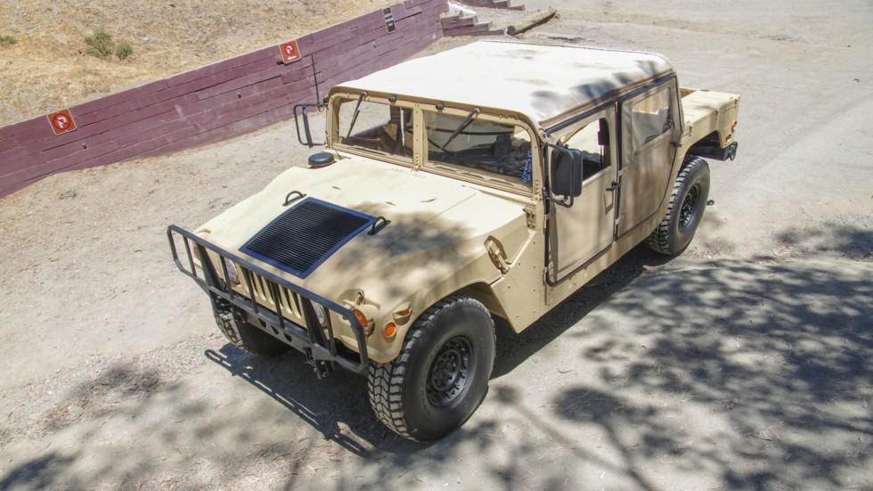 Hummer AM General HMMWV M998 (9)