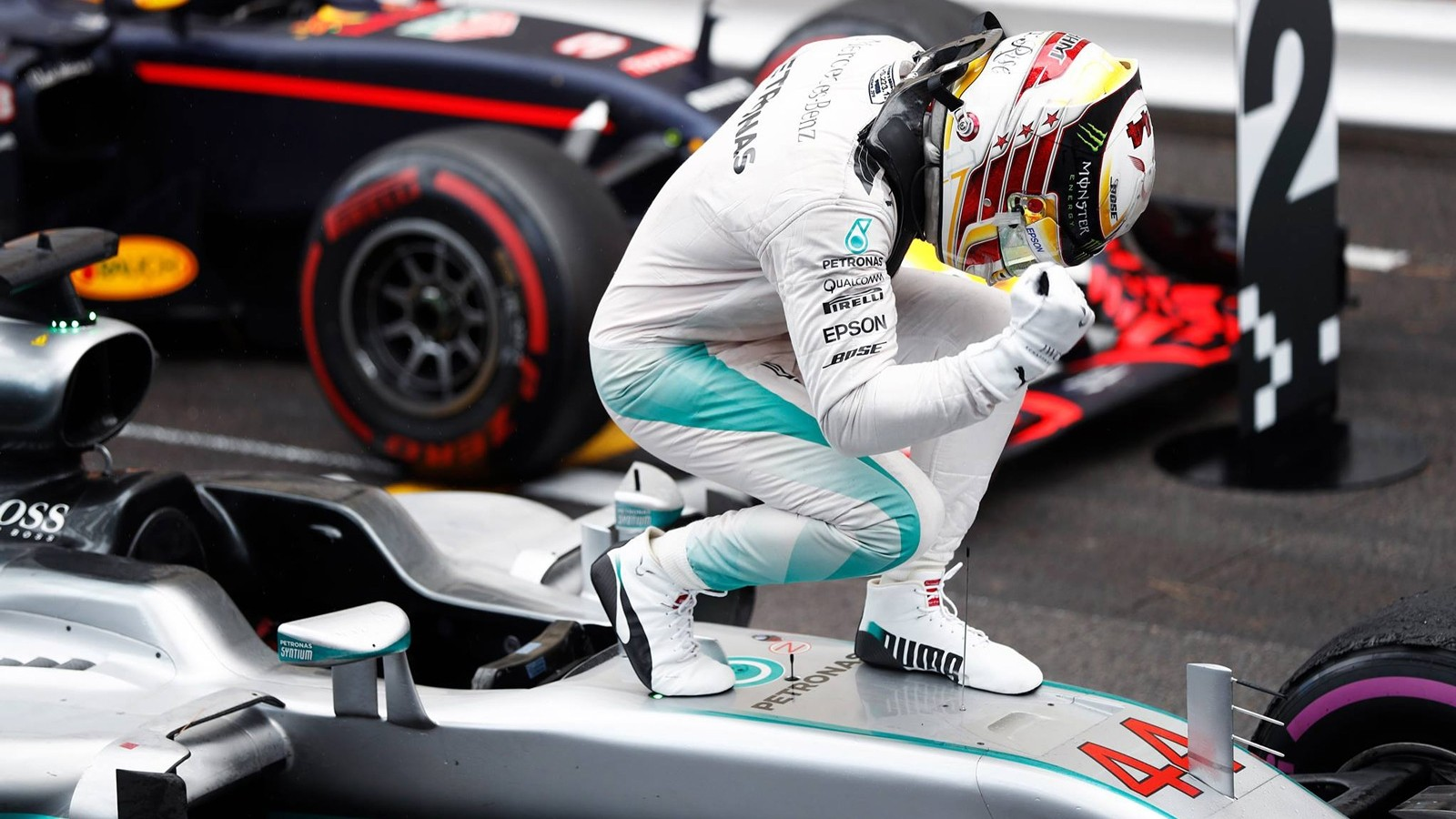 Хэмилтон: На старте гонки я допустил ошибку