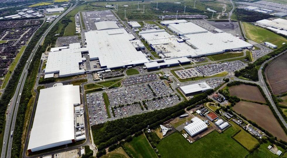 На фото: завод Nissan в Великобритании