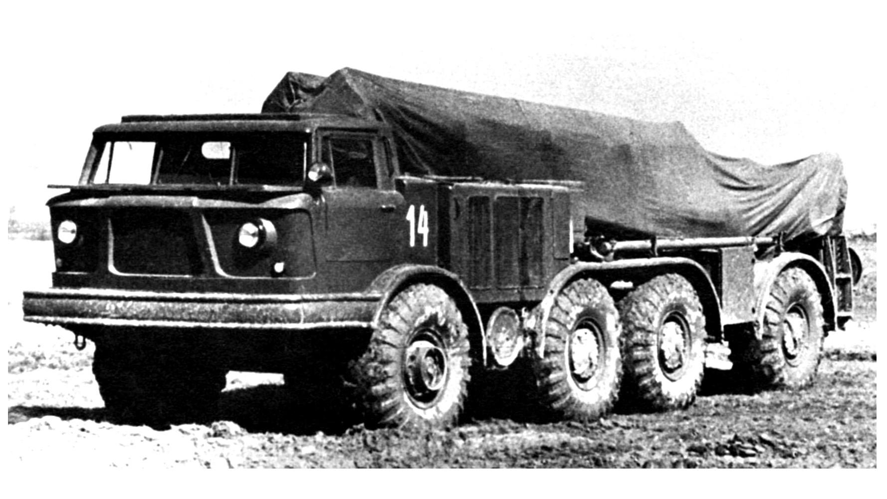 Пусковая установка «Луна» с артиллерийской частью С-123А. 1960 год