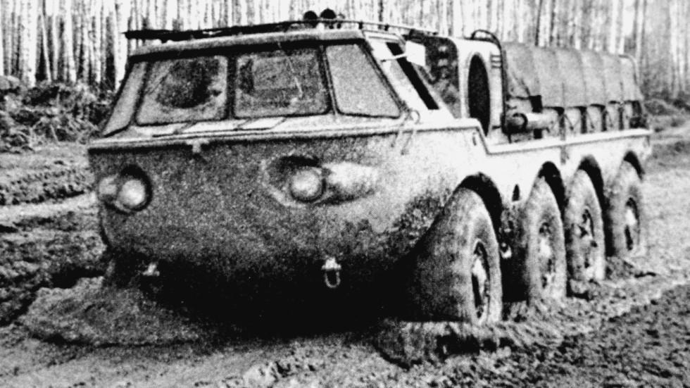 Сухопутные испытания двухмоторной амфибии ЗИЛ-135