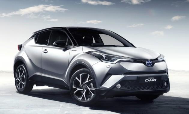 Фото салона нового Toyota C-HR