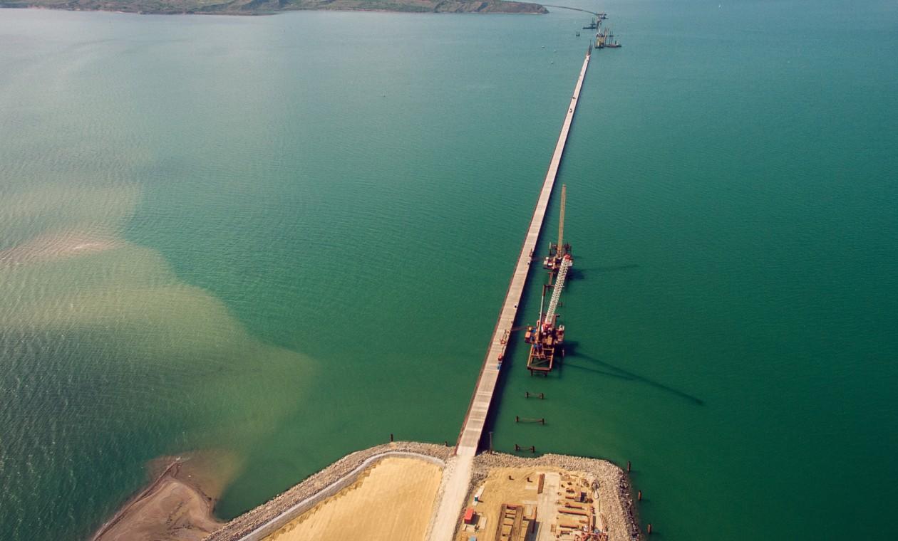 Проезд помосту через Керченский пролив будет бесплатным