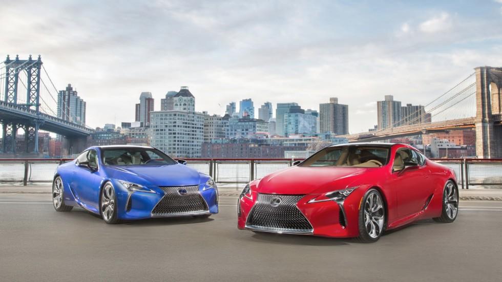 На фото: Lexus LC
