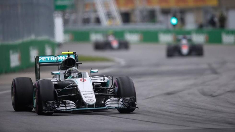 Пилот Mercedes Нико Росберг пока уверенно лидирует в Кубке пилотов