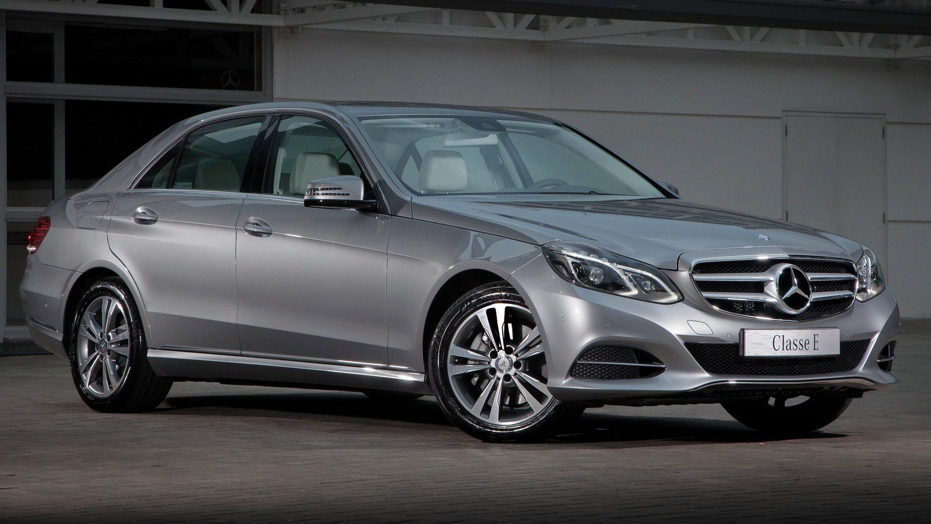 Mercedes benz e class w212 for Mercedes benz e 250