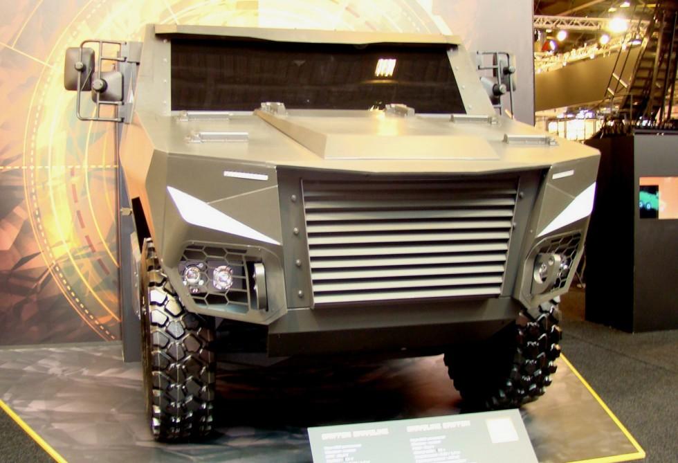 Макет передней секции корпуса может стать основой будущих военных машин Renault