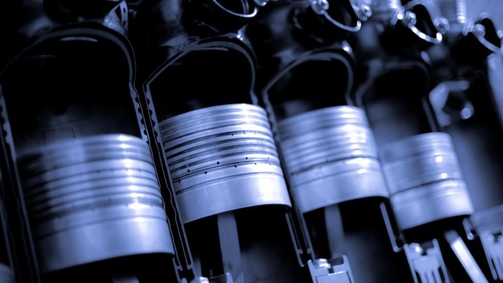 Поршни 12-ти цилиндрового двигателя