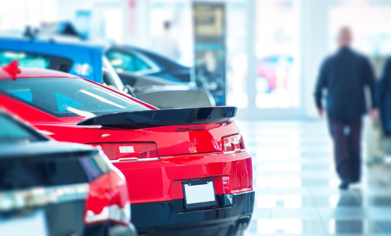 14ИюлДилеры прогнозируют падение продаж новых автомобилей в РФ в 2017 году