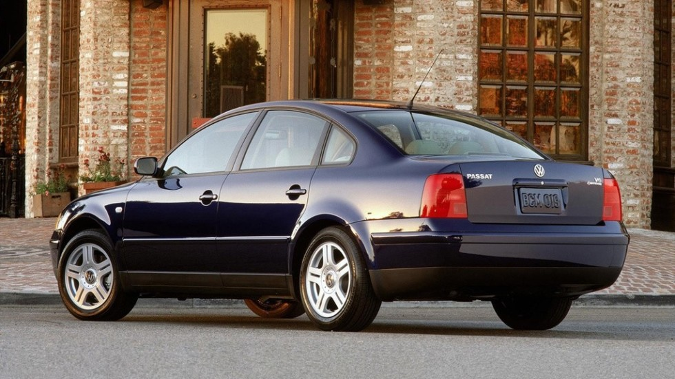 На фото: Volkswagen Passat Sedan (B5) '1997–2000