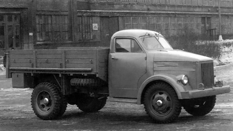 На фото: ГАЗ 51 Опытный (Образец №3) '1944
