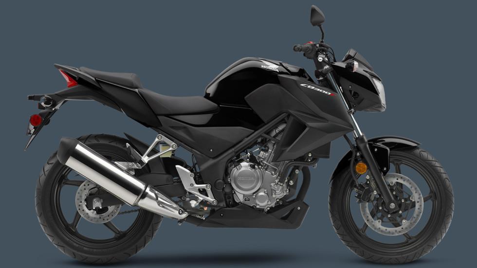 На фото: Honda CB300F