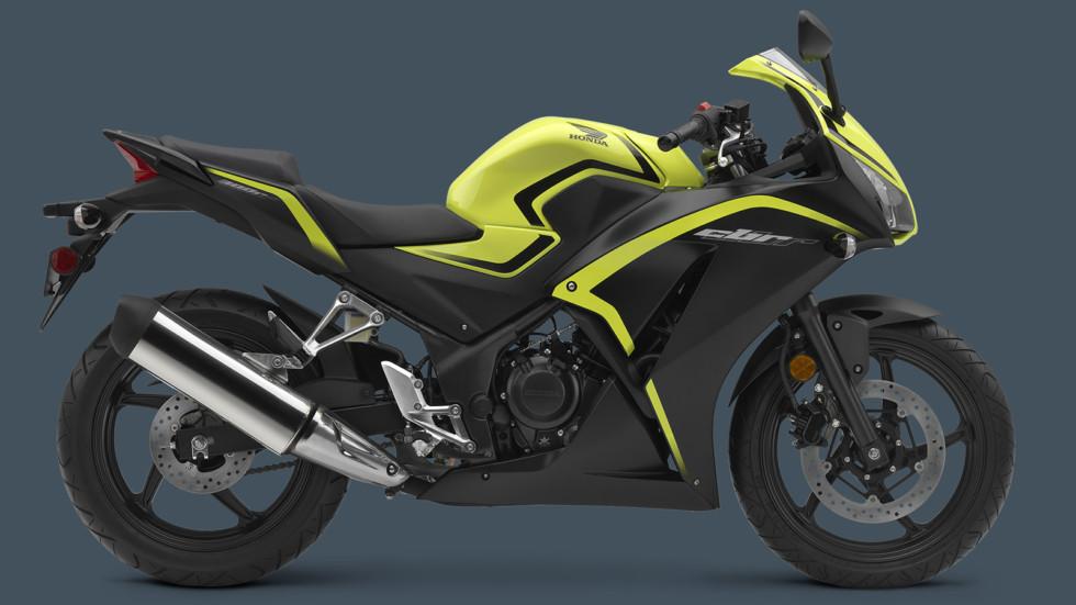 На фото: Honda CBR300R
