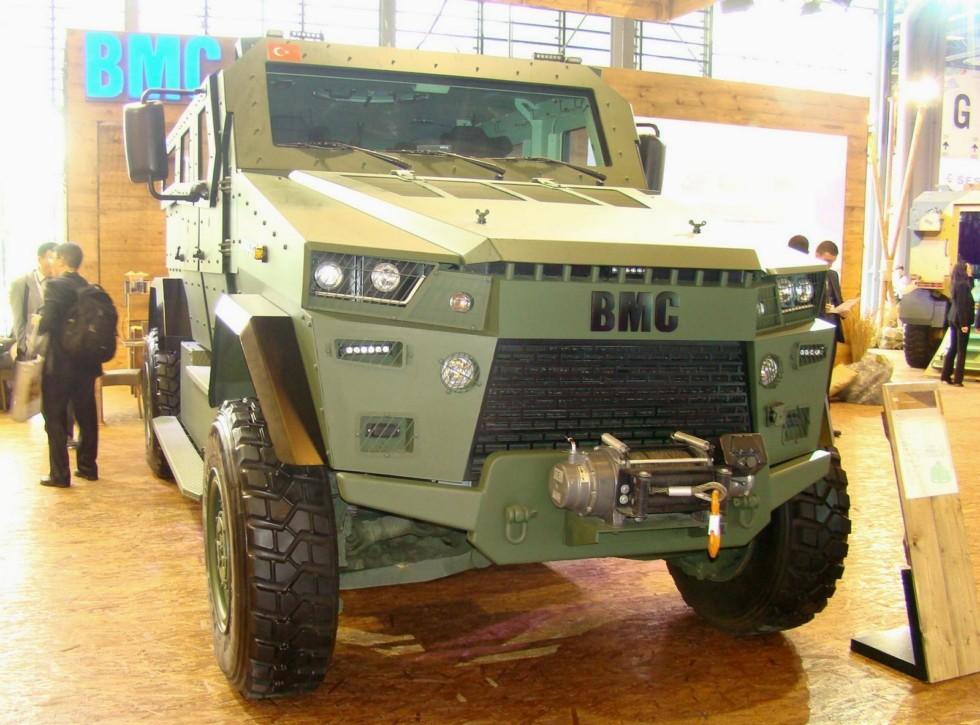 Новая бронемашина ВМС Amazon — наследник опытной модели Vuran