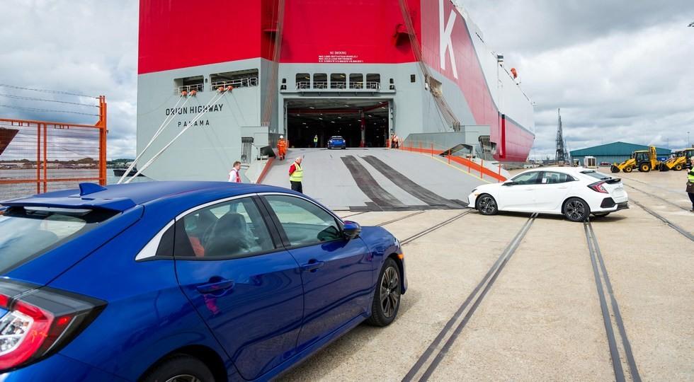Новый тип хэтча Хонда Civic нашпионском фото