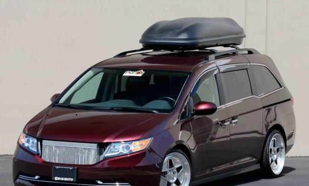 Нааукционе будет продан 1029-сильный минивэн Хонда Odyssey