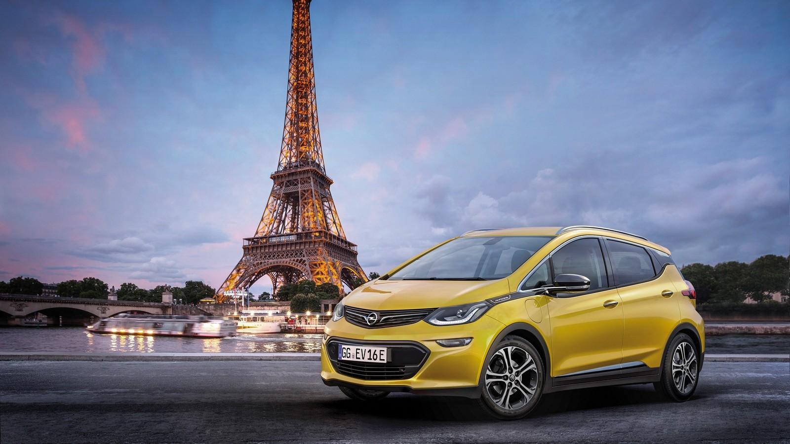 Электрический Опель Ampera-e официально дебютирует встолице франции
