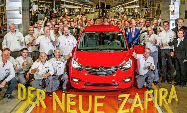Начали выпуск нового компактвэна Опель Zafira
