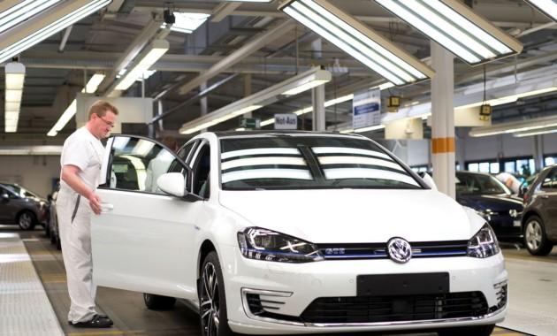 VW приостановил производство модели Golf насвоем главном заводе вВольфсбурге