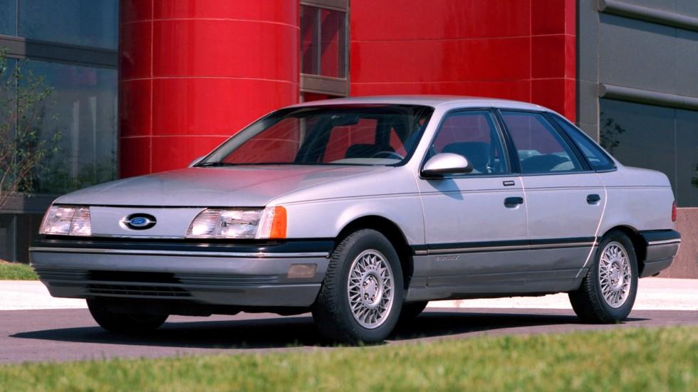 На фото: Ford Taurus '1985–91