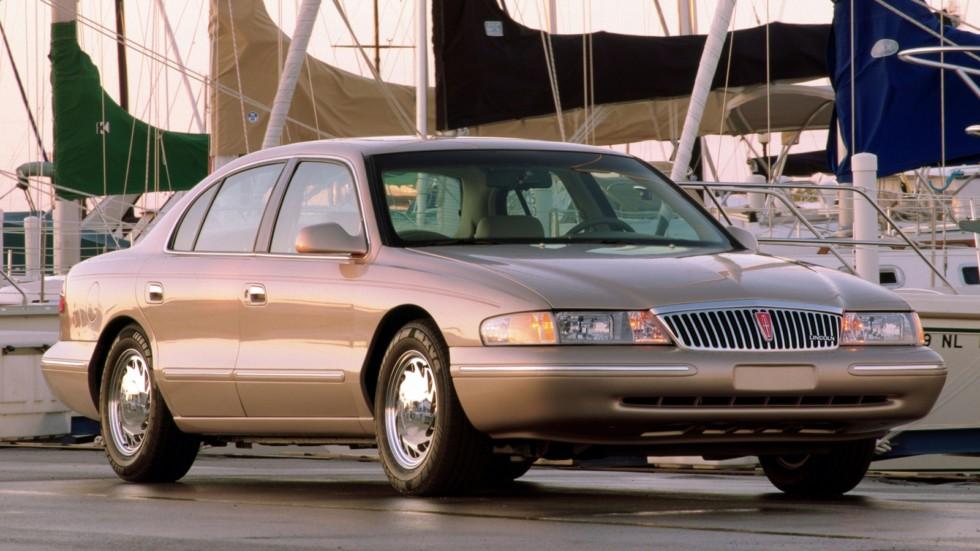 На фото: Lincoln Continental '1995–98