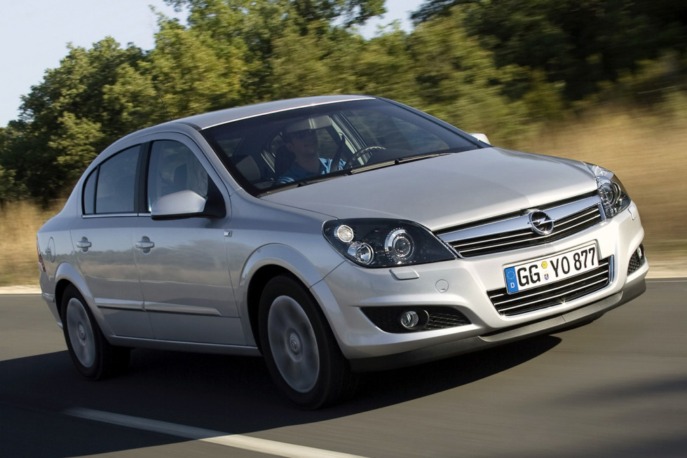 autowp.ru_opel_astra_4-door_sedan_13