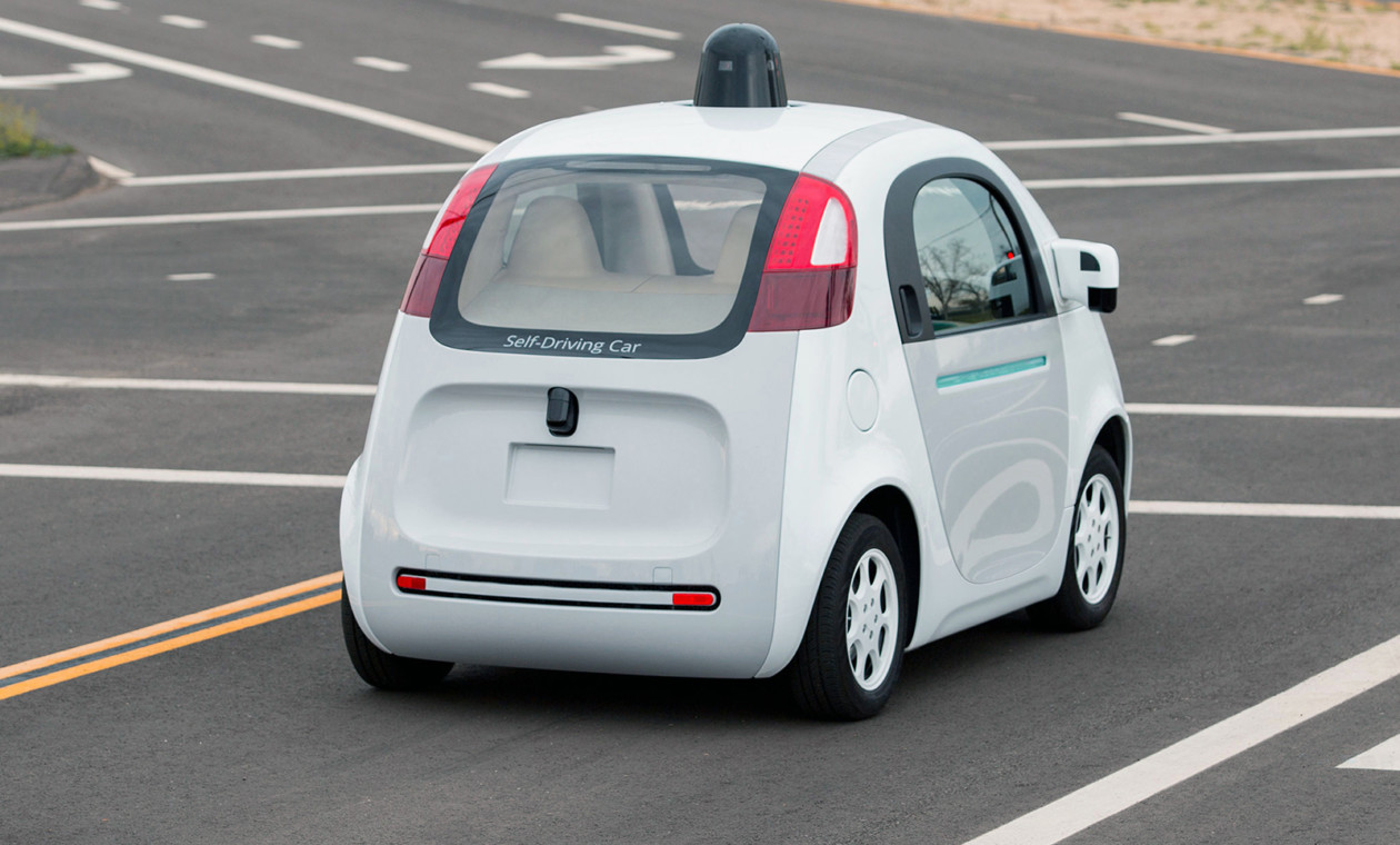 Компания Google уволила одного из основоположников проекта беспилотного автомобиля