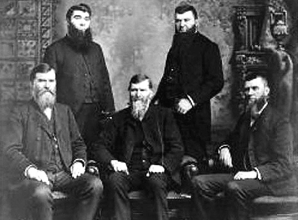 Пятеро братьев Стьюдебейкер в полном составе. Фото конца XIX века