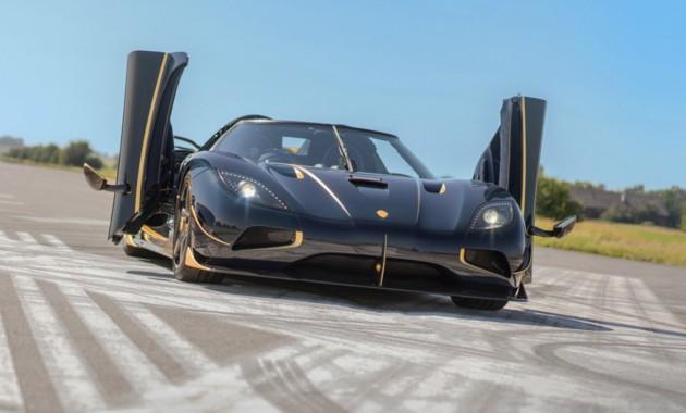Компания Koenigsegg представила «позолоченный» суперкар AgeraRS Naraya