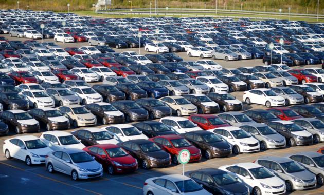 Минпромторг: в 2018-ом году начнется рост продаж авто