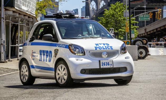 Микрокары Смарт fortwo берут наслужбу вамериканскую полицию
