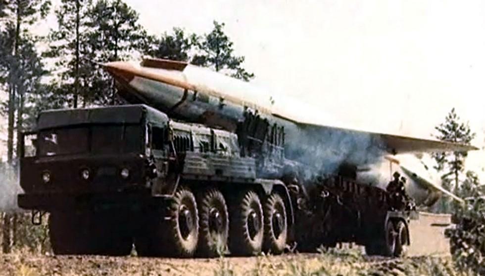 Пусковая установка СТА-30 в транспортном положении (из архива А. Матусевича)
