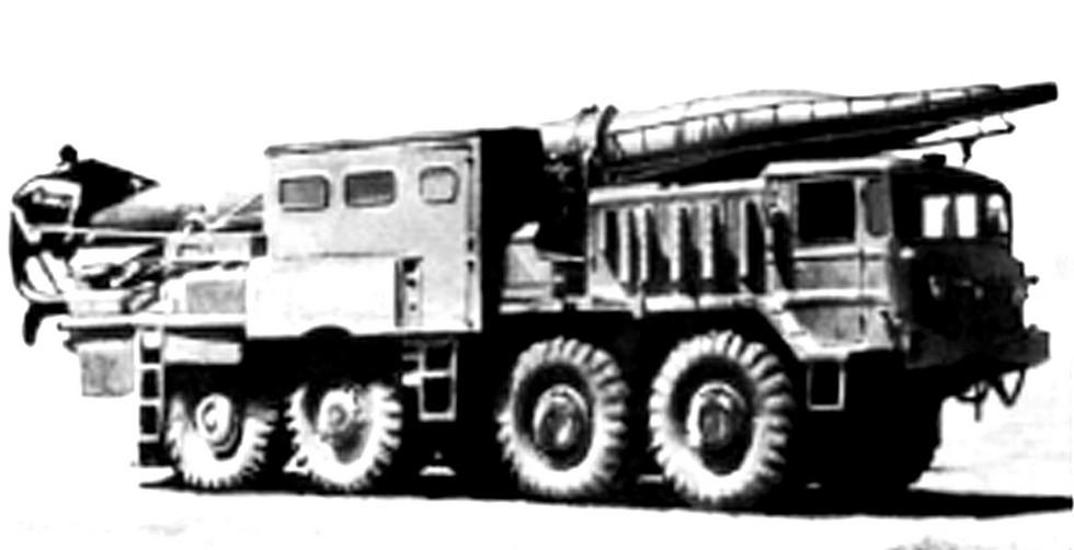 27 Пусковая установка 2П20 на шасси МАЗ-537Б. 1961 год (из архива А. Широкорада)