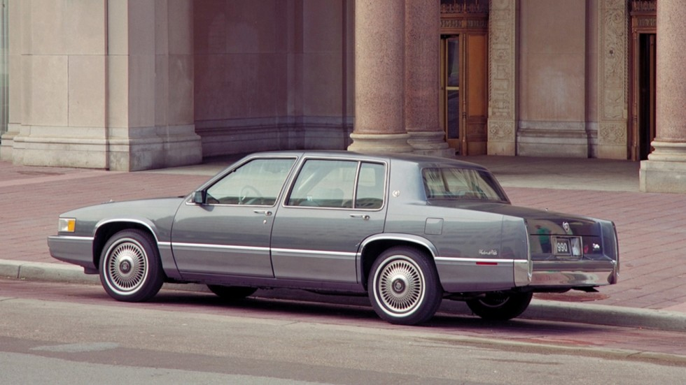 Cadillac Sedan de Ville '1989–93