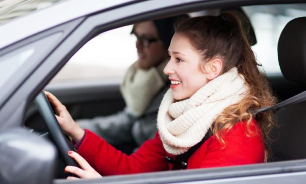 Народные избранники посоветовали выдавать юношеские права наавтомобиль с16 лет