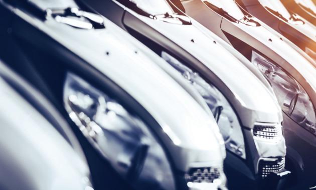 Продажи авто в РФ вконце лета продолжили понижаться