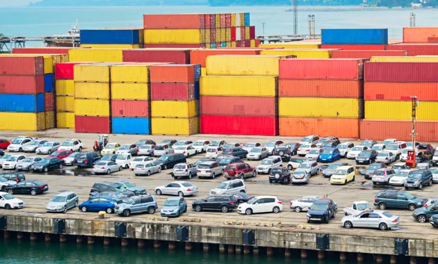 Импорт РФ изстран дальнего зарубежья вырос на15,9%