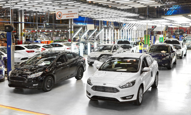 Рынок автомобилей РФ на 70 процентов окрашен внеброские цвета