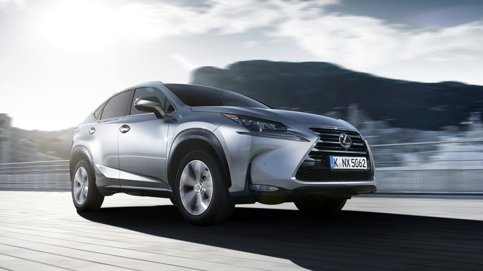 Всередине сентября цены нанекоторые модели авто Лексус будут снижены