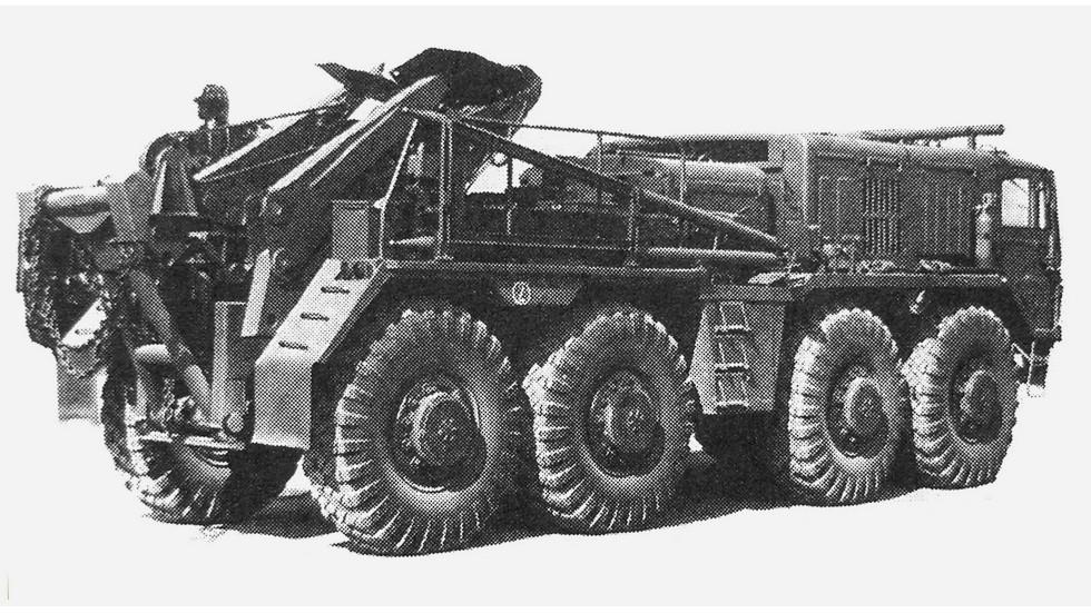 Опытный эвакуационный тягач ТК-7 — прототип машины КЭТ-Т. 1985 год (из архива НИИЦ АТ)
