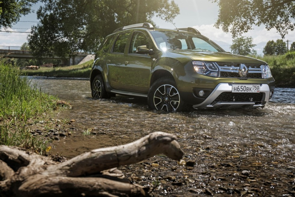 renault-duster-2015-9