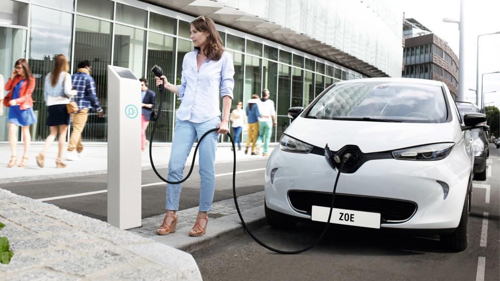 Renault-Nissan продала более 350.000 электромобилей намировом уровне
