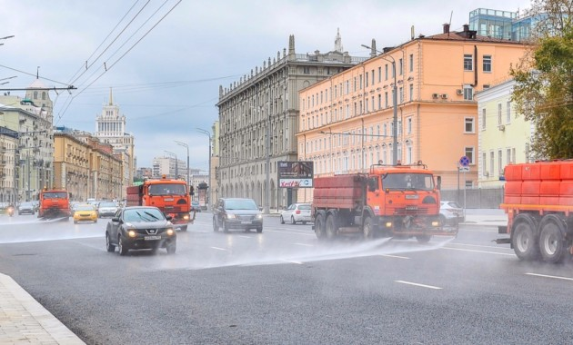 Дороги столицы ввыходные помоют сшампунем