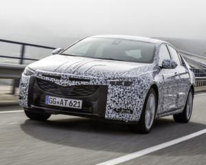 Opel ������� ����� Insignia � ��������� ����������� � �������