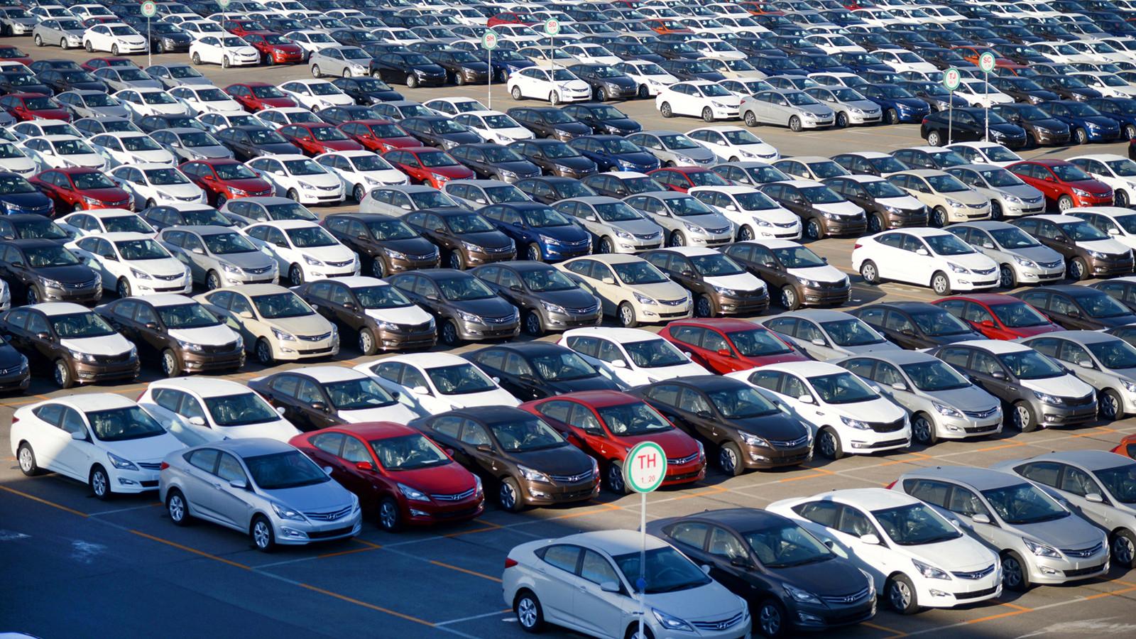 Падение продаж авто вРФ замедлилось до10,9% всередине сентября