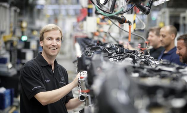 Benz инвестирует €500 млн всоздание завода моторов вПольше
