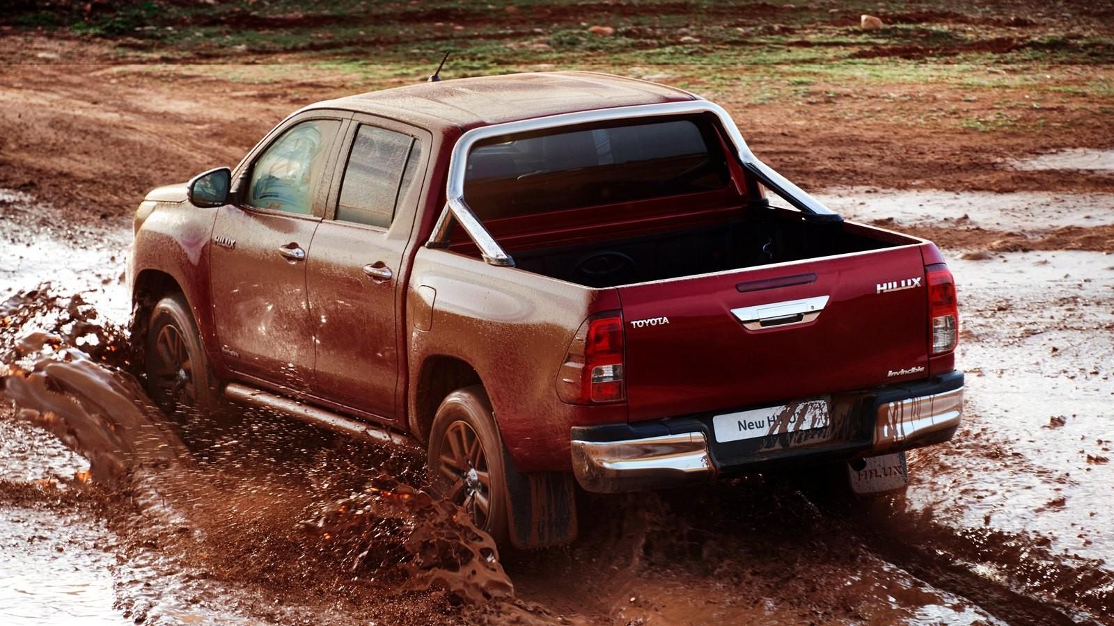 УАЗ Pickup стал лидером русского рынка пикапов всередине сентября 2016г.