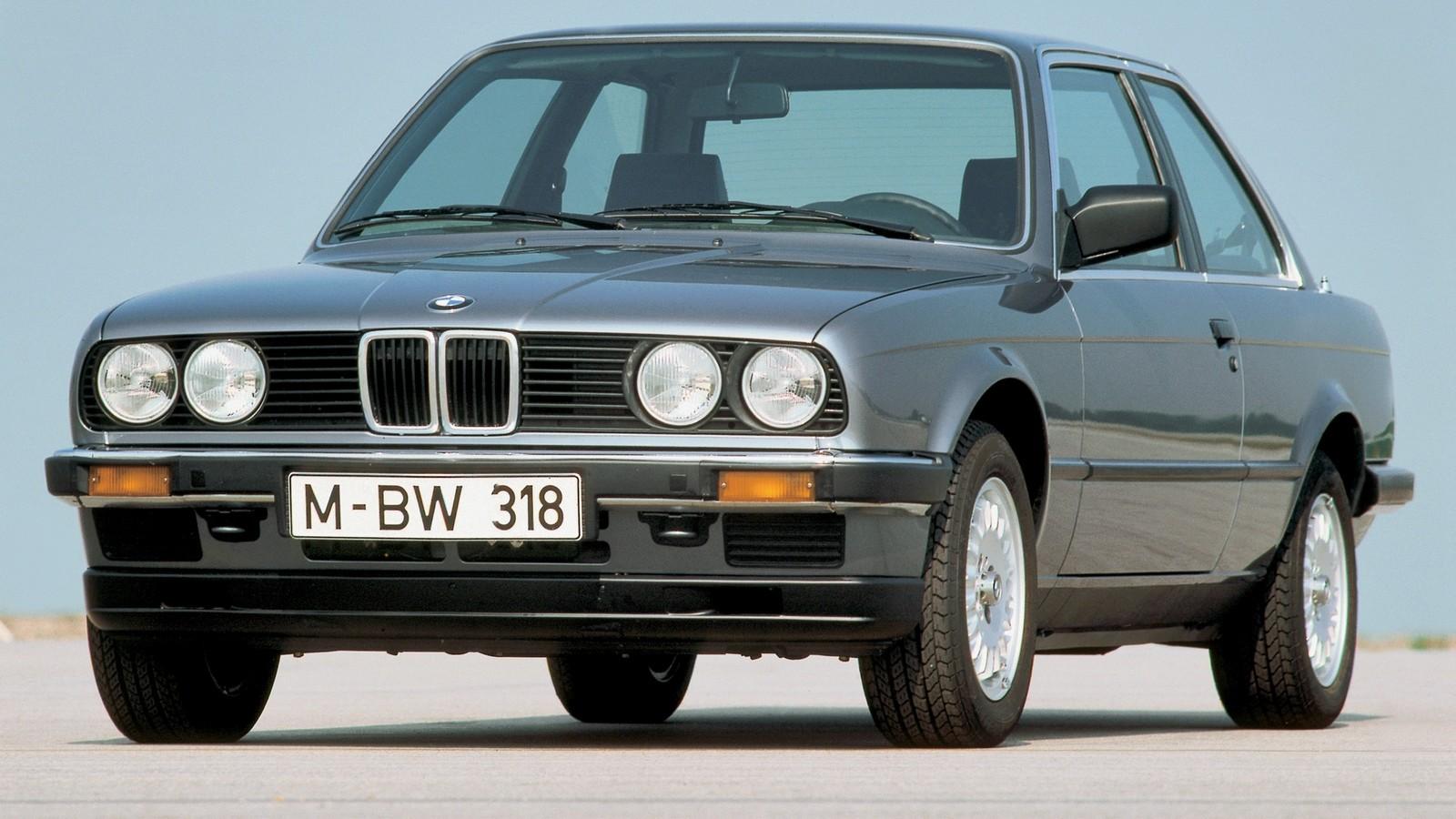 Тест-драйв BMW 318i E30 - Колеса.ру: http://www.kolesa.ru/redkie-avtomobili/uvazhaj-starshih-opyt-vladeniya-bmw-318i-e30