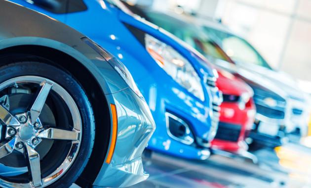 Средняя цена легкового автомобиля в Российской Федерации достигла 1,37 млн руб.