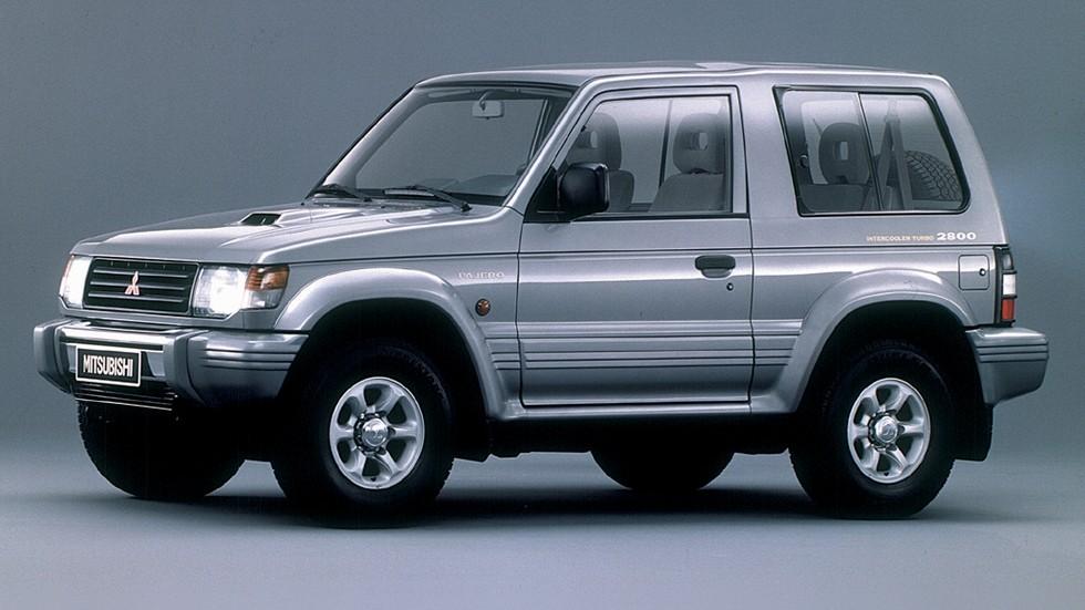 На фото: Mitsubishi Pajero Metal Top '1991–97